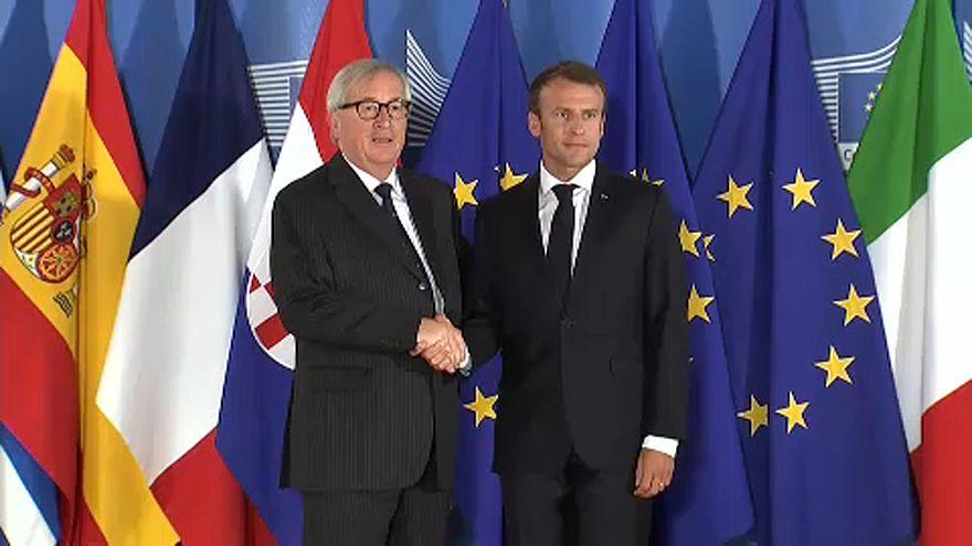 16 ország egyeztet a menekültügyről Brüsszelben