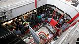 آشفتگی در بازار ارز ایران؛ فروشندگان علاءالدین و چهارسو اعتصاب کردند