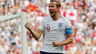 Inglaterra passa aos oitavos de final