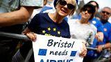 Έκκληση στις εταιρείες να σταματήσουν τις απειλές για το Brexit