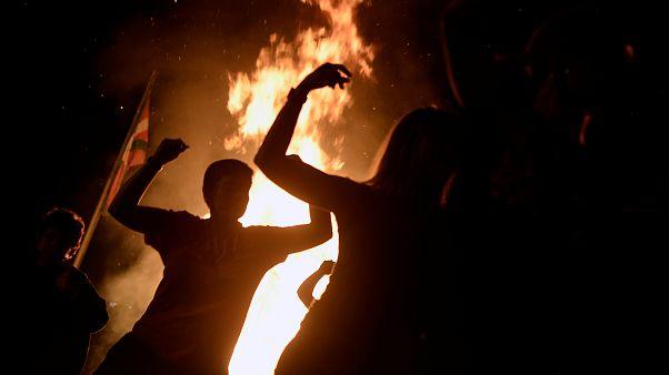 El fuego enciende la noche de San Juan