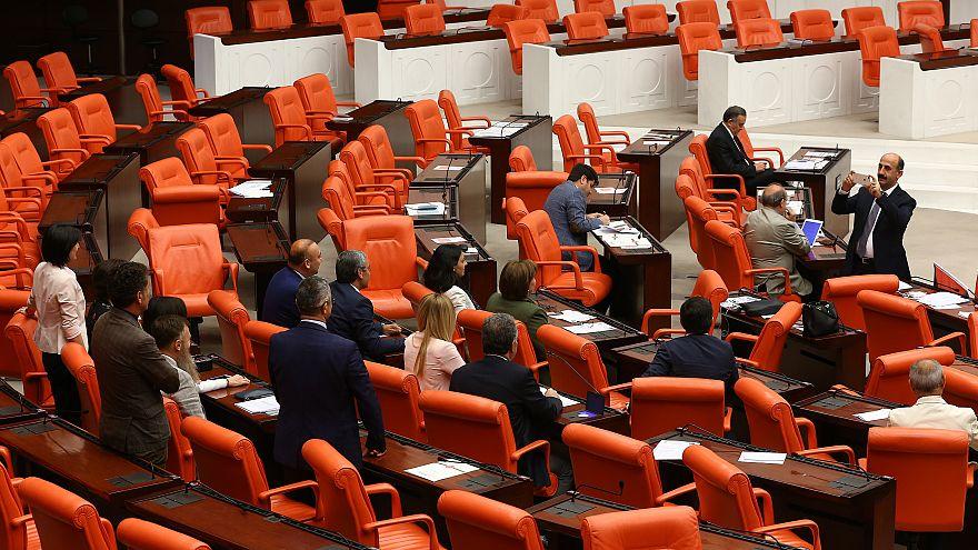 Seçim 2018: Yeni hesaplama sistemine göre TBMM'de hangi parti kaç sandalye kazandı?