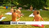 Nudists enjoy naked day in Paris sun