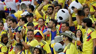 Kolumbianische Fußball-Fans beim Match gegen Polen