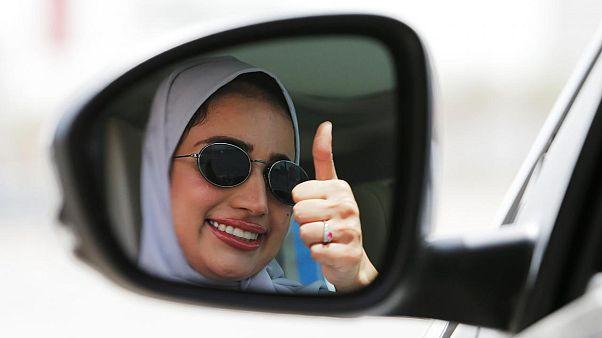 Suudi Arabistan'da kadınlar direksiyon başında