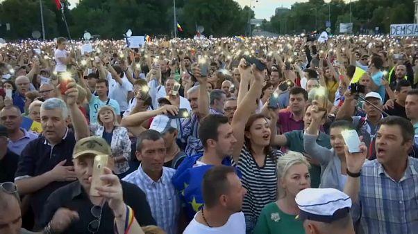 La Roumanie, toujours plus divisée, s'enfonce dans la crise politique
