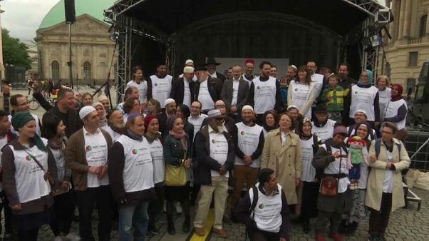 Almanya'da Yahudi ve Müslümanlardan ayrımcılığa karşı ortak tavır
