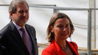 Mogherini ve Hahn'dan ortak açıklama: Seçim kampanyası eşit değildi