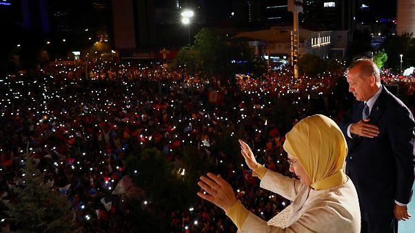 Turquía se aleja todavía más de la Unión Europea