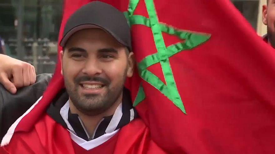احتفالات مغربية إسبانية في كالينينغراد قبل مواجهة البلدين في كأس العالم