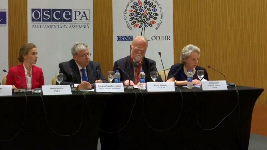 Uluslararası gözlemciler: Kampanya koşulları eşit değildi
