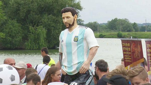 Torten, Liebeserklärungen und eine Party für Messi am 31. Geburtstag