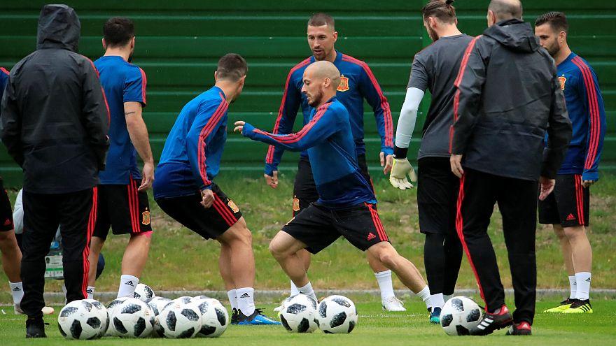 İspanya ve Portekiz gruptaki son maçlarına çıkıyor