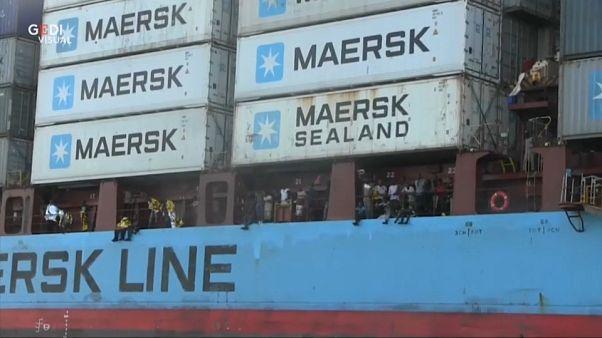 Due navi bloccate nel Mediterraneo, a bordo 350 migranti