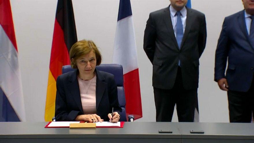 تحالف عسكري فرنسي بريطاني لمواجهة الأزمات