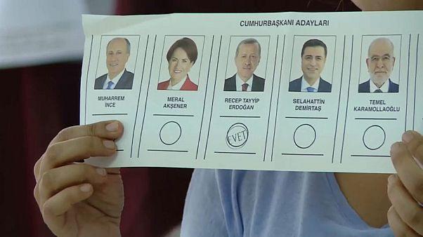 Internationale Wahlbeobachter: Ungleichheit bei Türkei-Wahl