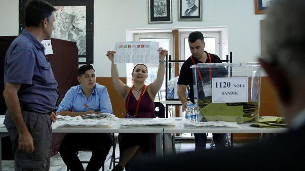 Εκλογικό κέντρο στην Τουρκία στις εκλογές της 24ης Ιουνίου 2018