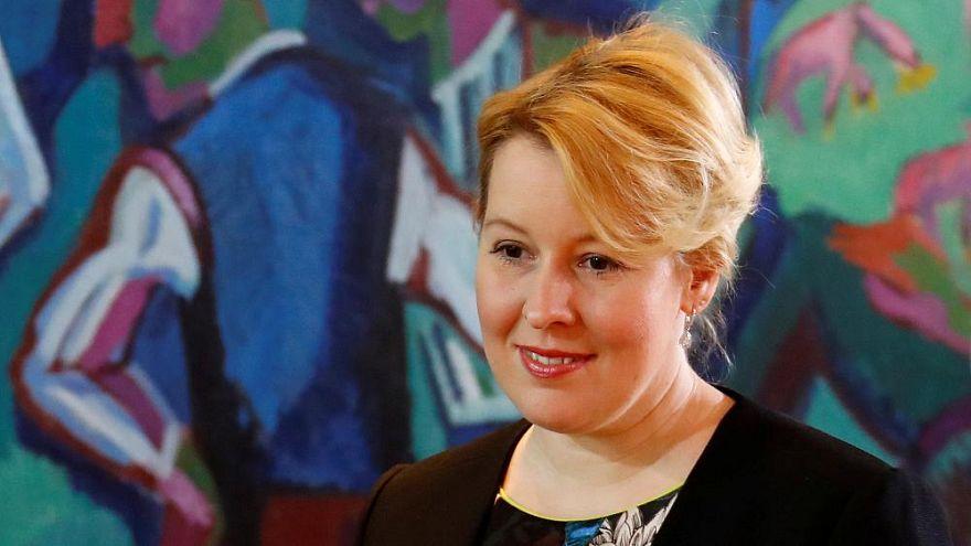 وزيرة ألمانية تشعل جدلاً بقبولها البوركيني في المدارس