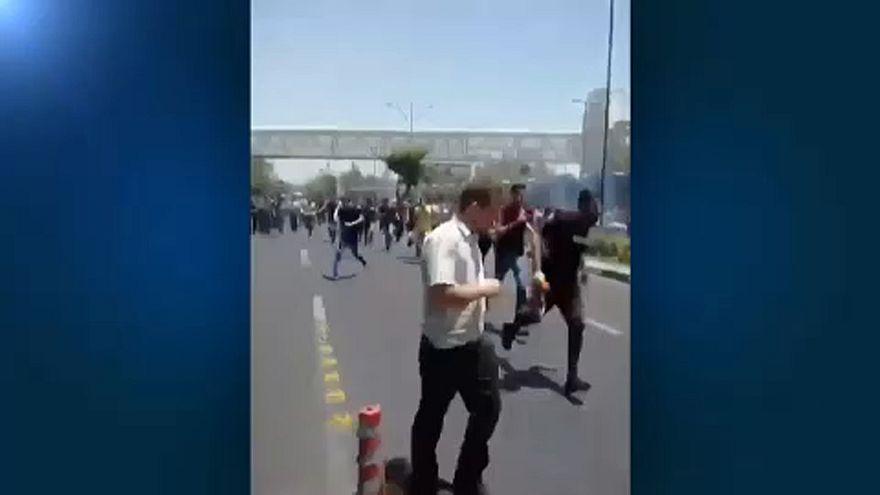 Újra tüntetések Teheránban