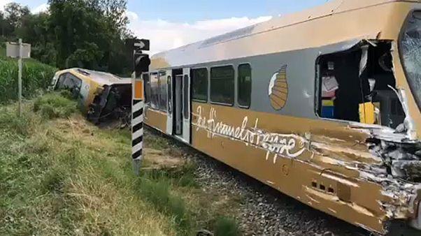 Aυστρία: Εκτροχιάστηκε τρένο-δεκάδες τραυματίες