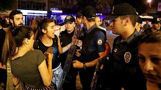 اعتقال 132 شخصاً على صلة بمحاولة الانقلاب في تركيا