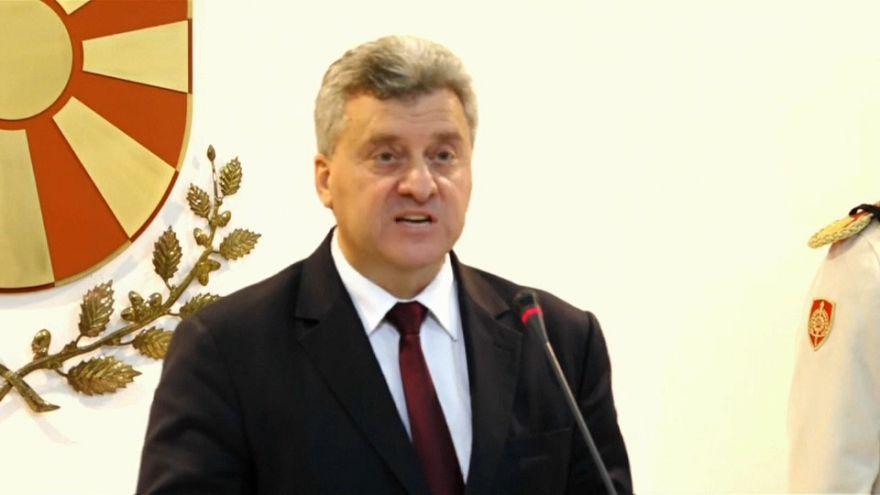 Le président macédonien fait de la résistance
