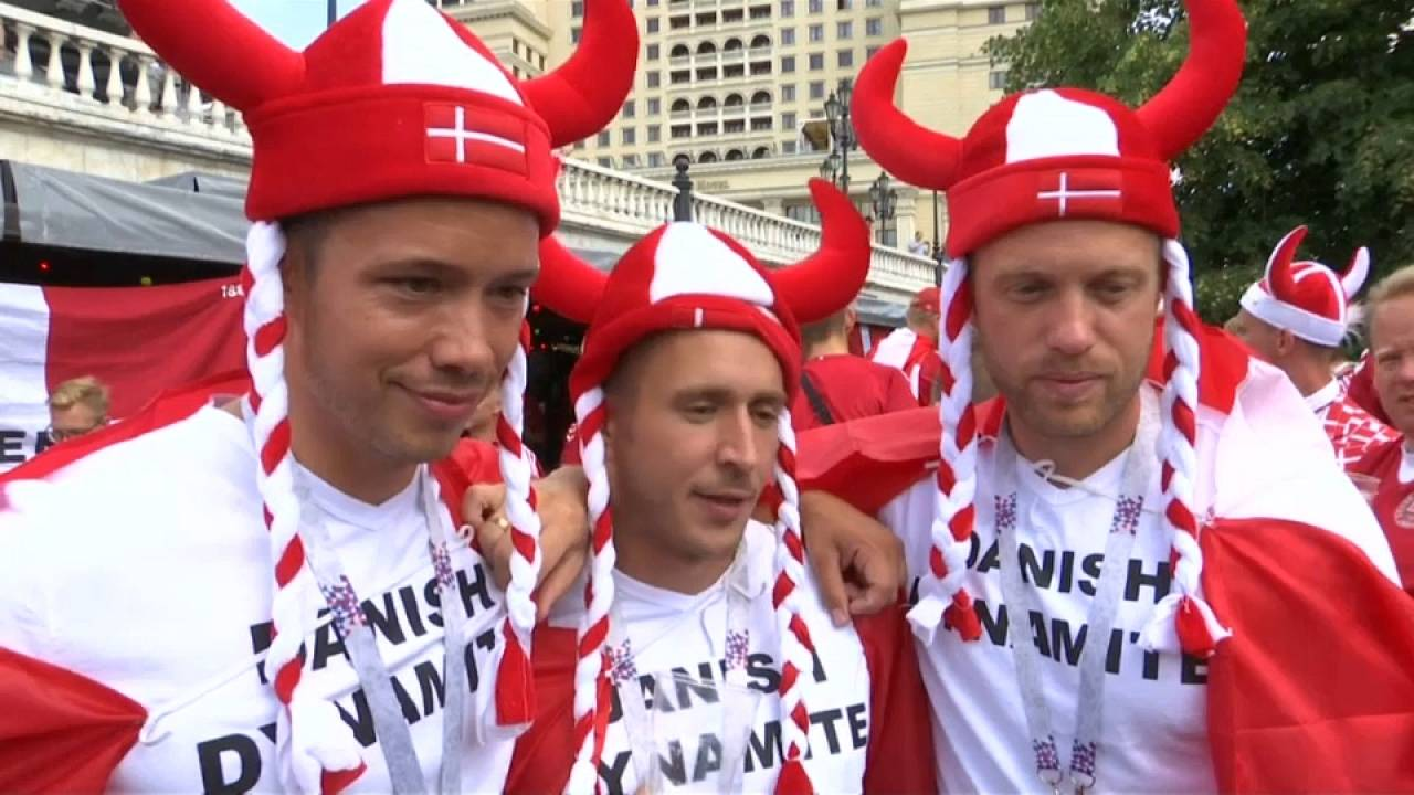 France-Danemark : le duel des supporters