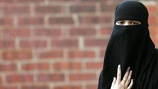 تصویب قانون ممنوعیت برقع در مجلس سنای هلند