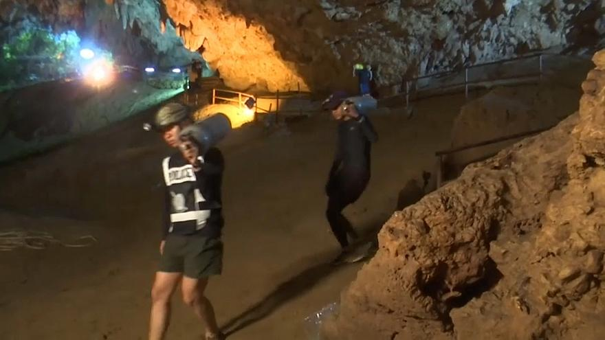 Школьники пропали в затопленной пещере