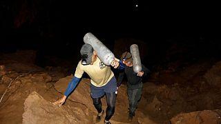 Ταϊλάνδη: Συνεχίζονται οι έρευνες στο σπήλαιο