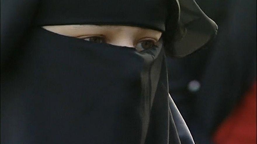 Burka-Verbot tritt in Kraft
