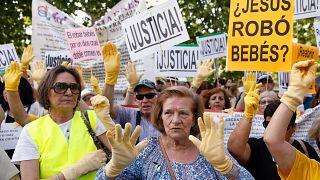 Δίκη για τα «κλεμμένα» μωρά της Ισπανίας