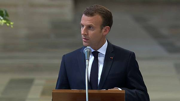 Come i re di Francia Macron è Protocanonico di San Giovanni in Laterano