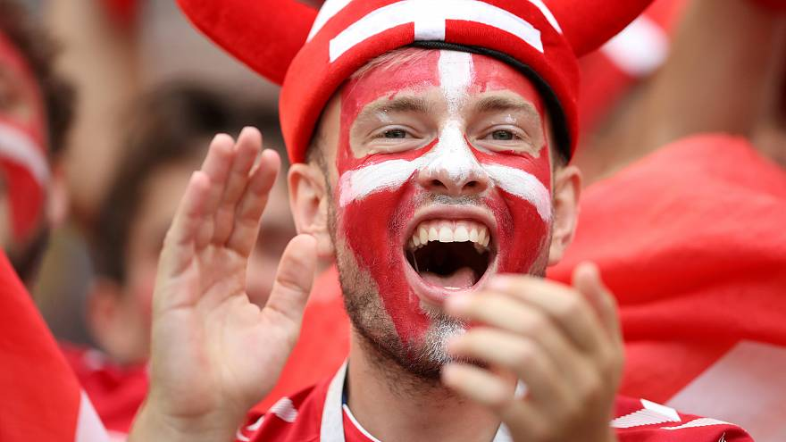 الدنمارك ترافق فرنسا إلى دور الـ16 بعد أول تعادل سلبي في المونديال