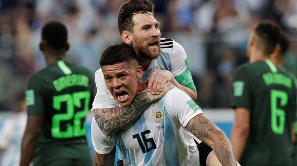 Argentina se clasifica para los octavos de final tras vencer a Nigeria (1-2)