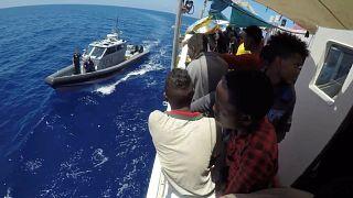 Portugal recebe migrantes do Lifeline