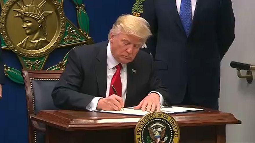 USA: marad a beutazási tilalom