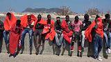 Hundreds of migrants arrive at Tarifa