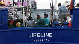 Lifeline : accostage imminent