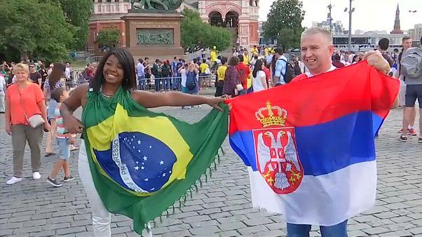 Russia 2018: i colori brasiliani invadono la Piazza Rossa