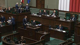 La cámara baja polaca rectifica la Ley del Holocausto