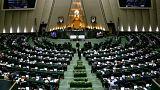 نماینده مجلس: جمع آوری امضا برای طرح عدم کفایت رئیس جمهور هفته بعد شروع میشود
