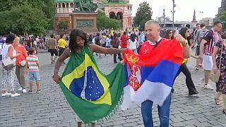 هواداران صرب با لباس ابرقهرمانان برای بازی مقابل برزیل آماده یشوند