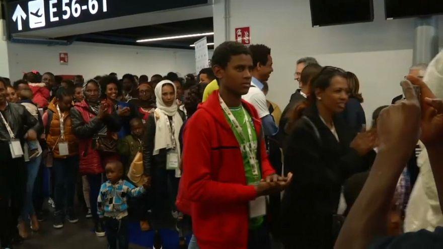 I rifugiati arrivano in Italia, non sui barconi