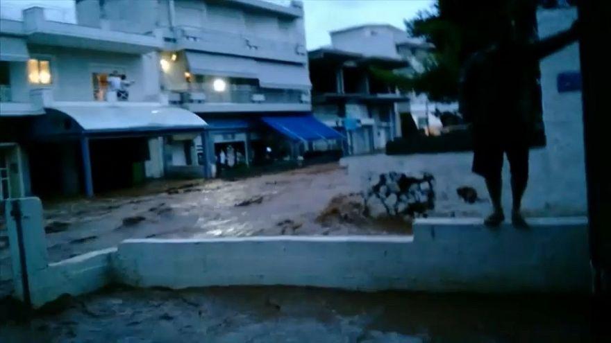 Las lluvias se ceban con la localidad griega de Mandra