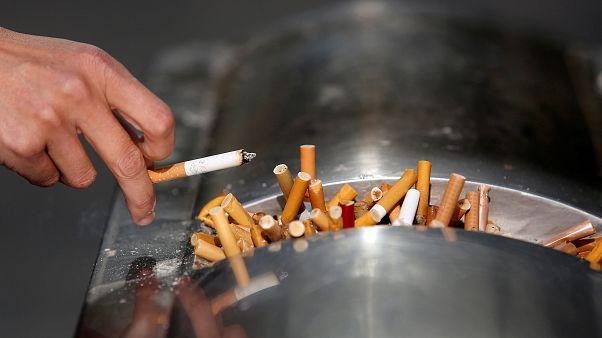 ستراسبورغ الفرنسية تمنع التدخين في حدائقها العمومية