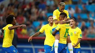 Futball-vb: brazil és svájci továbbjutás