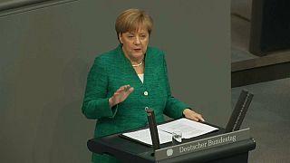 Merkel: Türkiye ile imzalanan mülteci anlaşmasını Afrika ülkeleri ile de yapmalıyız