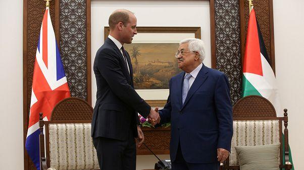 """Le prince William parle des Territoires palestiniens comme d'un """"pays"""""""