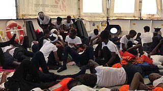 ЕС не разрешит миграционный кризис